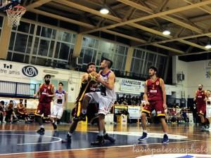 Matteo De Rosa autore di 8 punti contro la Mens Sana Siena