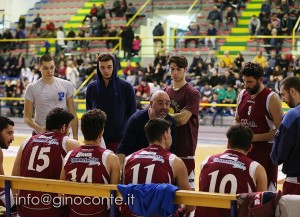 MAURO SERPICO, DURANTE UN TIME OUT